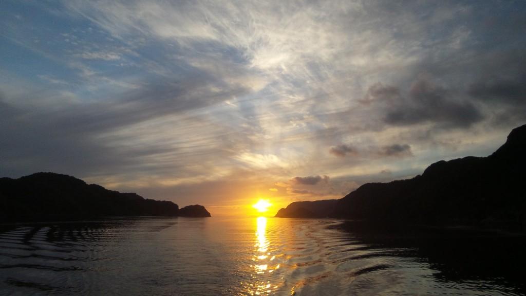 20150830 zachód słońca w norwegii